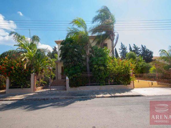 3-5-BED-villa-in-derynia-5777
