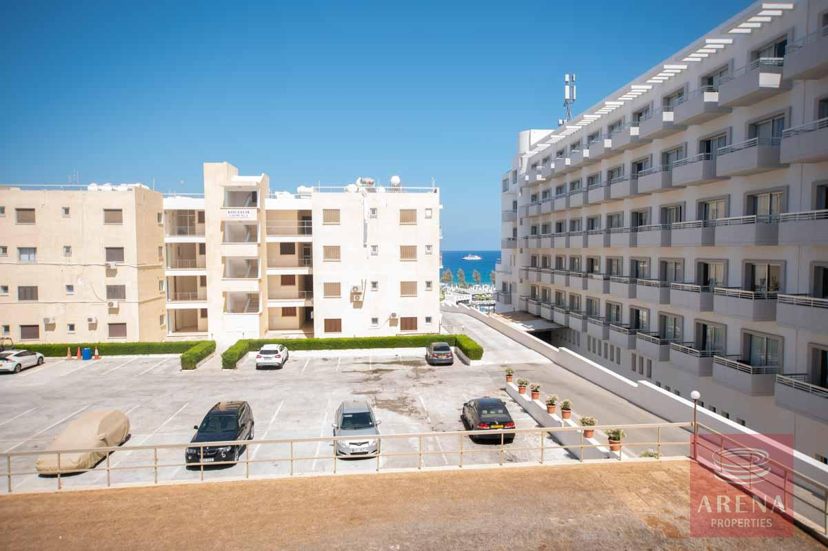 Apartment in Ayia Triada - parking