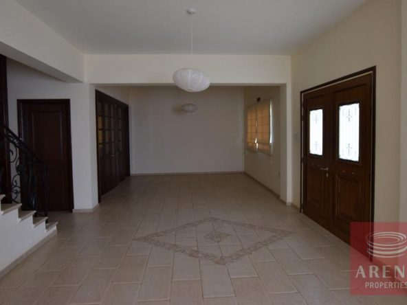 3-House-in-Liopetri-5794