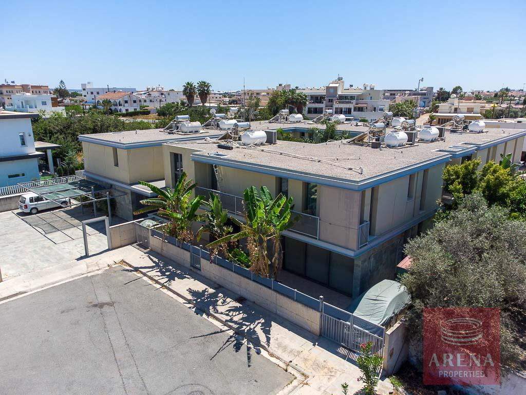 Townhouse in Derynia to buy