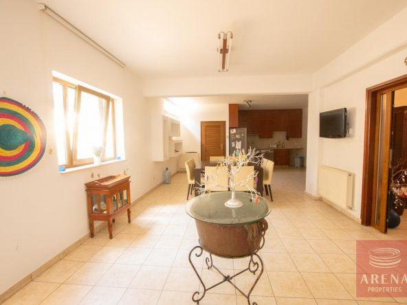 31-5-BED-villa-in-derynia-5777