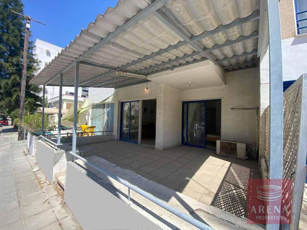 Apartment in Makenzie - veranda