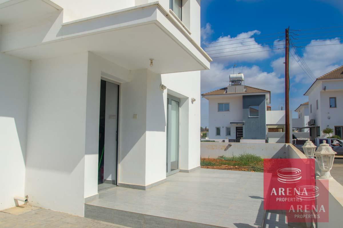 4 Bed Villa in Sotira - veranda