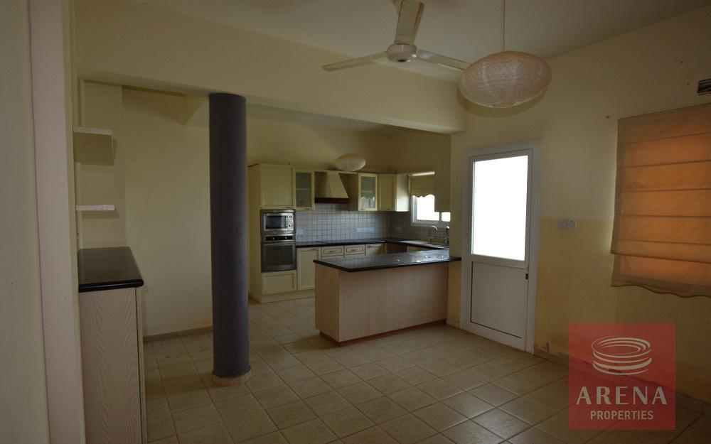 House in Liopetri - kitchen
