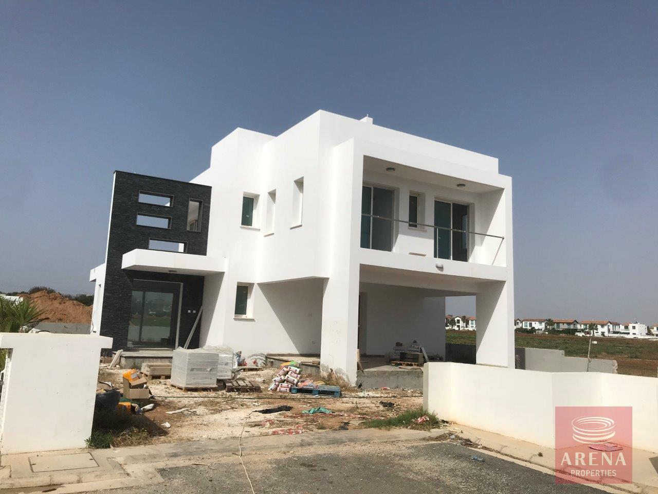 Villa in Ayia Triada new