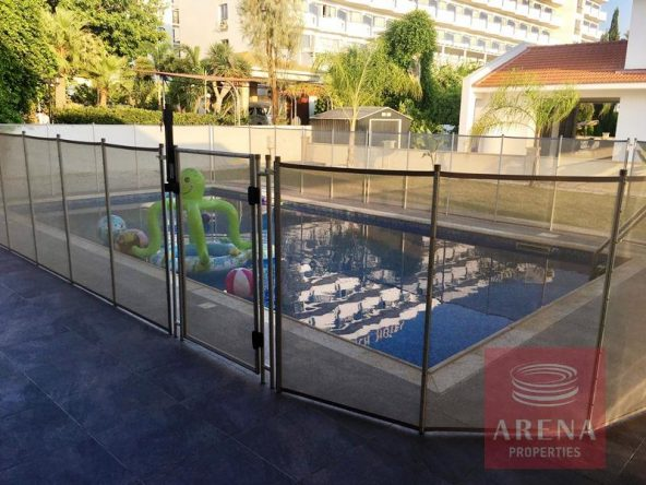 4-villa-in-dekelia-for-sale-pool
