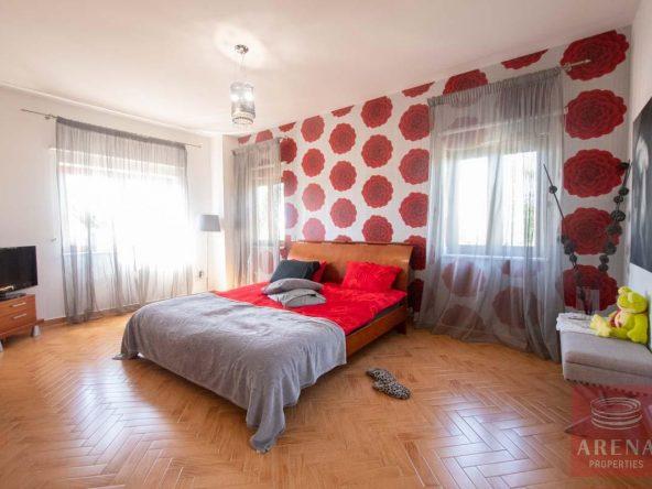 47-5-BED-villa-in-derynia-5777