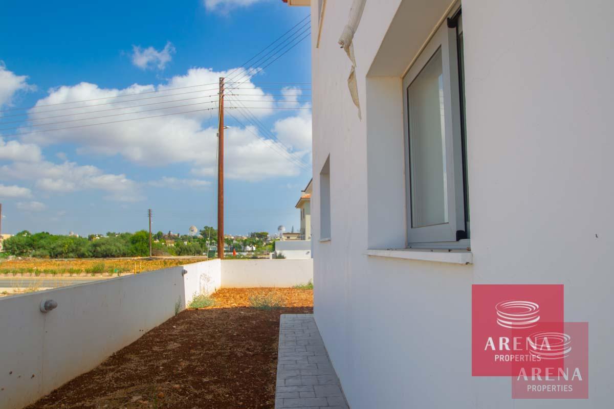 4 Bed Villa in Sotira - back side yard