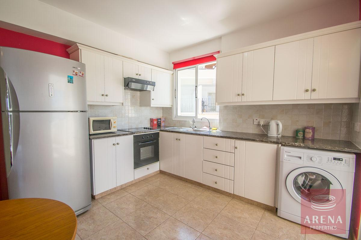 Flat for rent in Pernera - kitchen