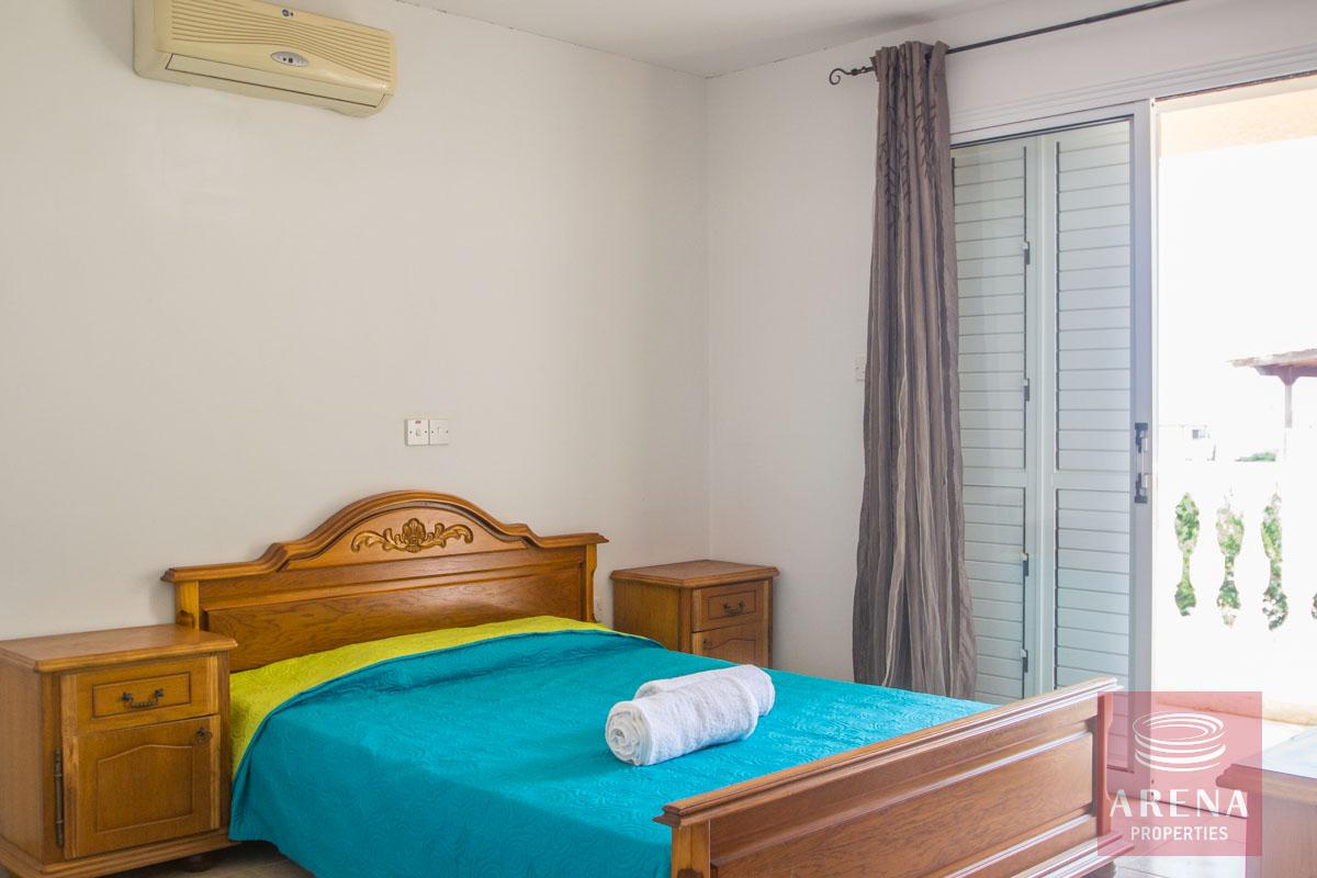 Flat for rent in Pernera - bedroom