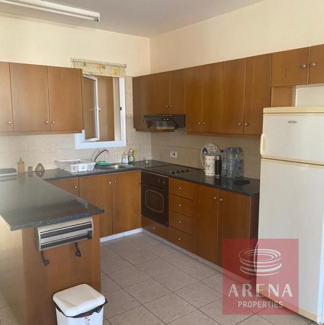Apartment for rent in Derynia - kitchen