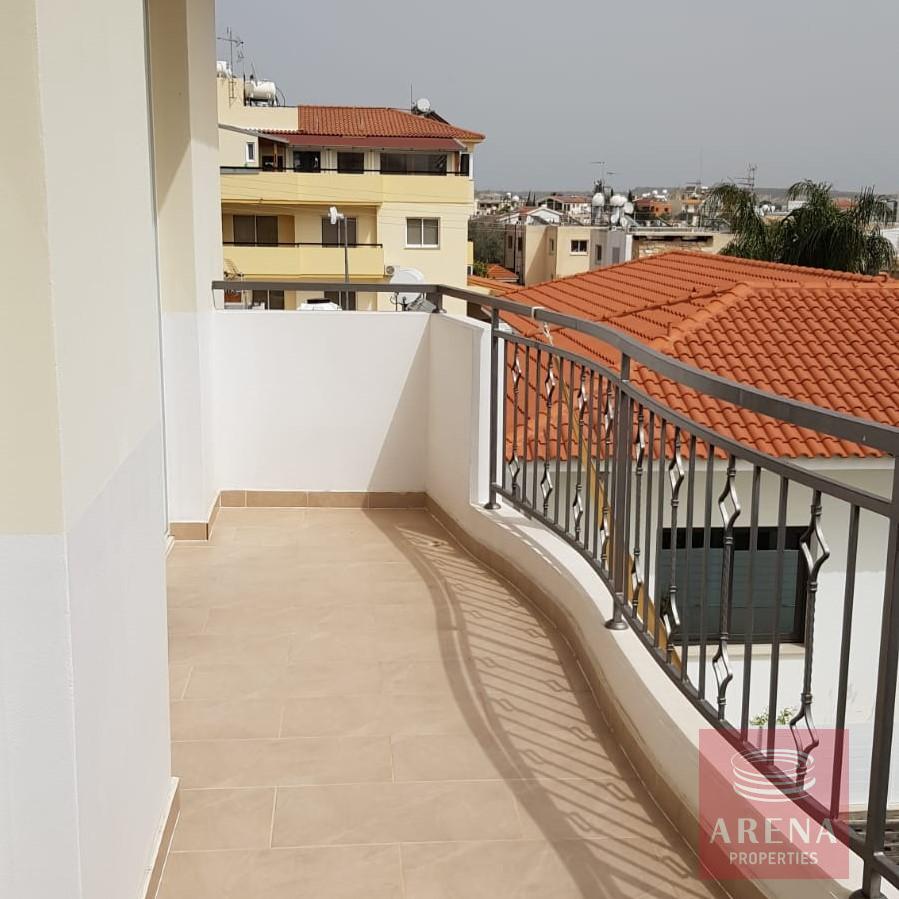 Townhouse in Oroklini for sale - balcony