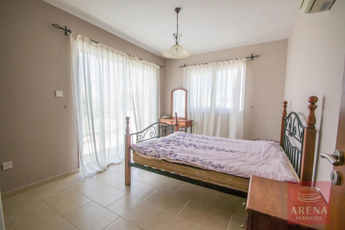 villa in Paralimni - bedroom