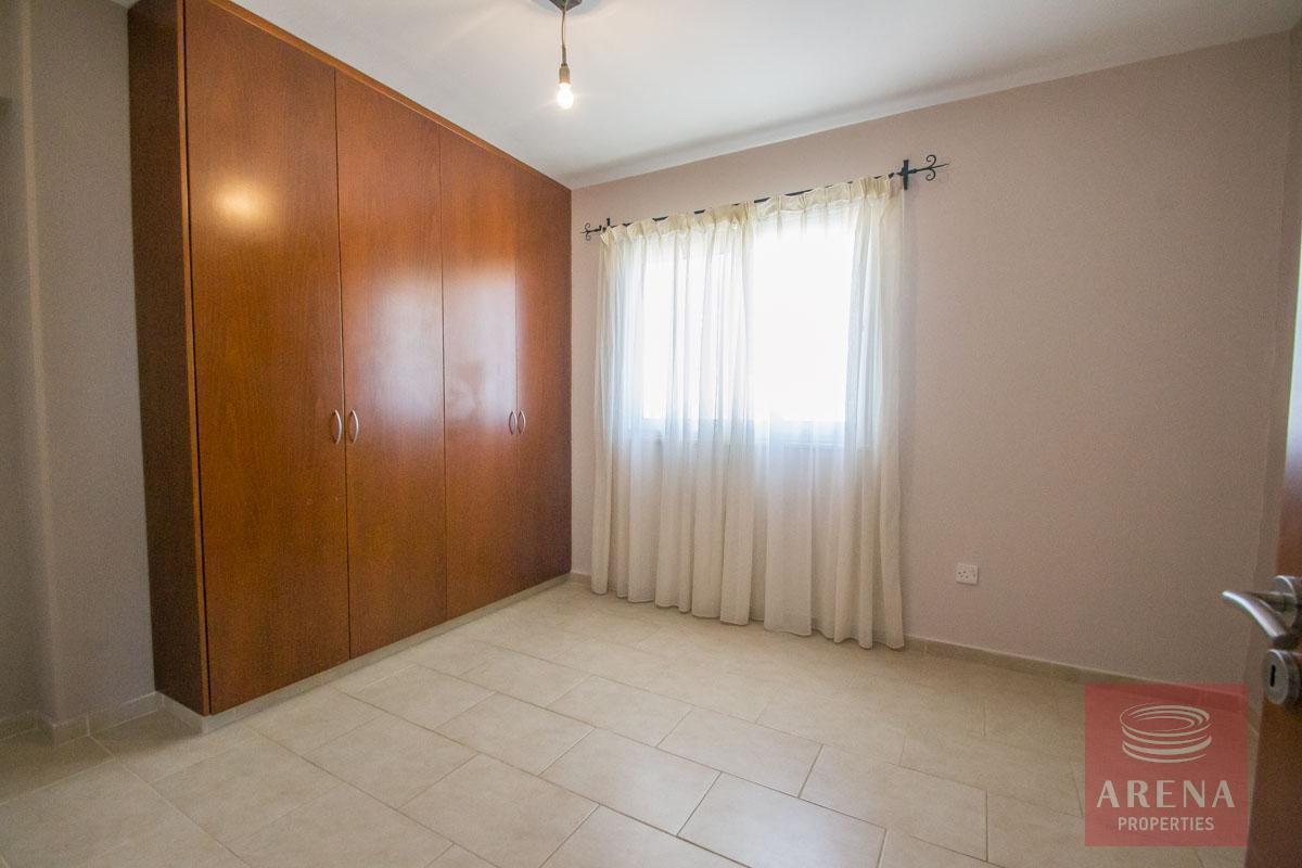 Buy villa in Paralimni - bedroom