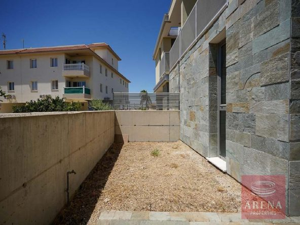 8-Townhouse-in-Derynia-for-sale-5790