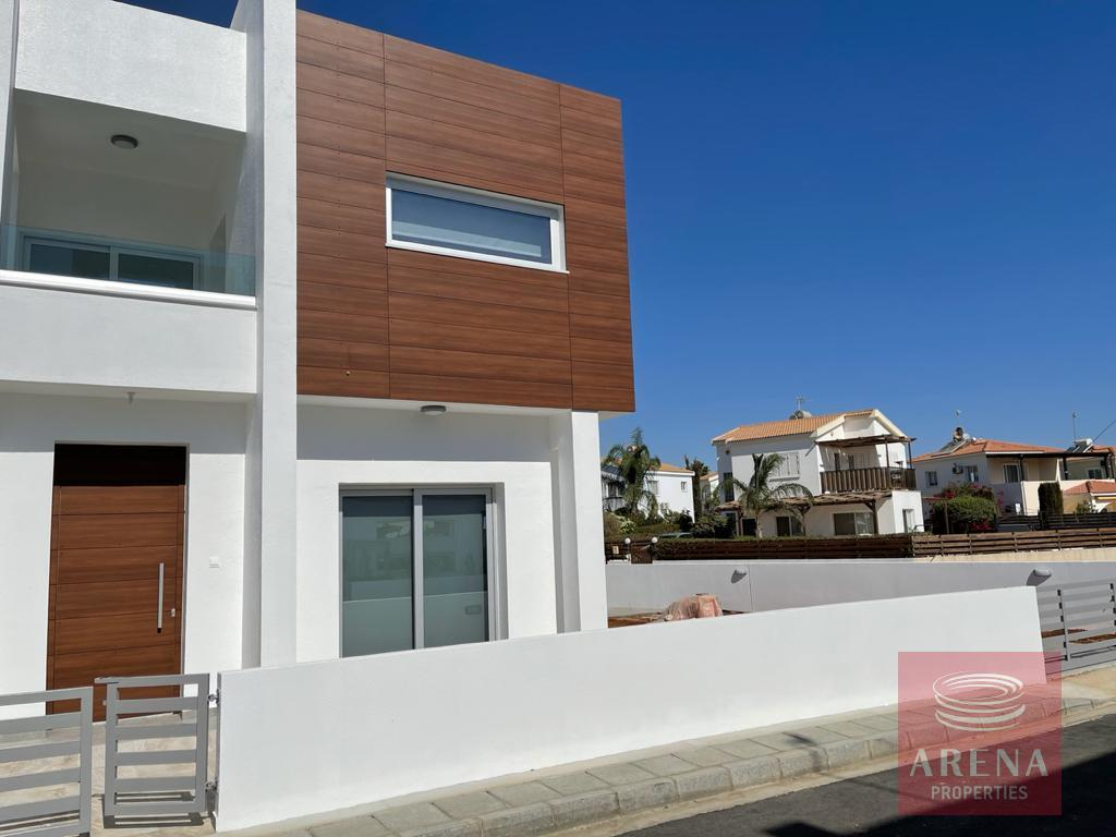 Ayia Thekla villa to rent