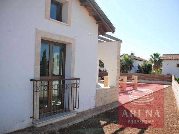 12-bungalow-in-ayia-thekla-5831