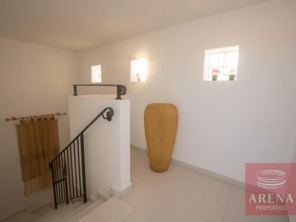 19-1-3-bed-villa-for-sale-in-kapparis-5882