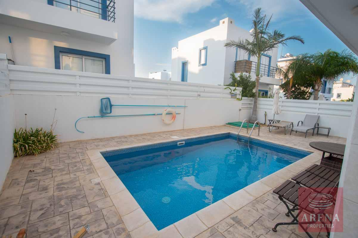 3 bed villa for sale in Kapparis - pool