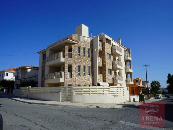 2-Incomplete-Apartment-in-Aradippou-5820