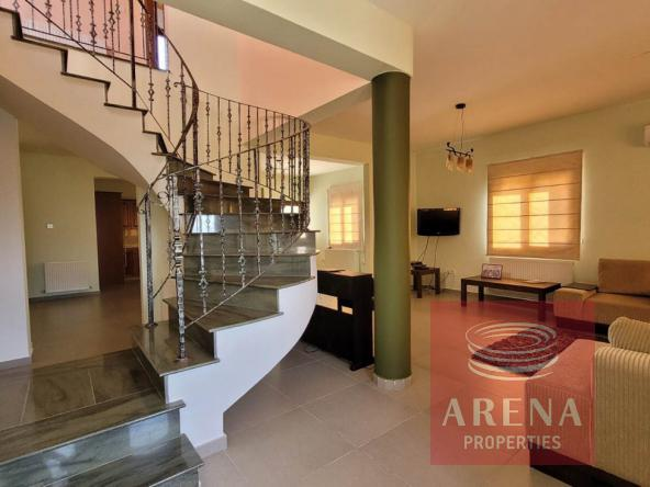20-5-Bed-villa-in-Paralimni-5841