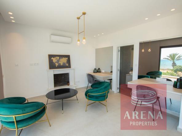 22-seafront-villa-ayia-thekla-5842