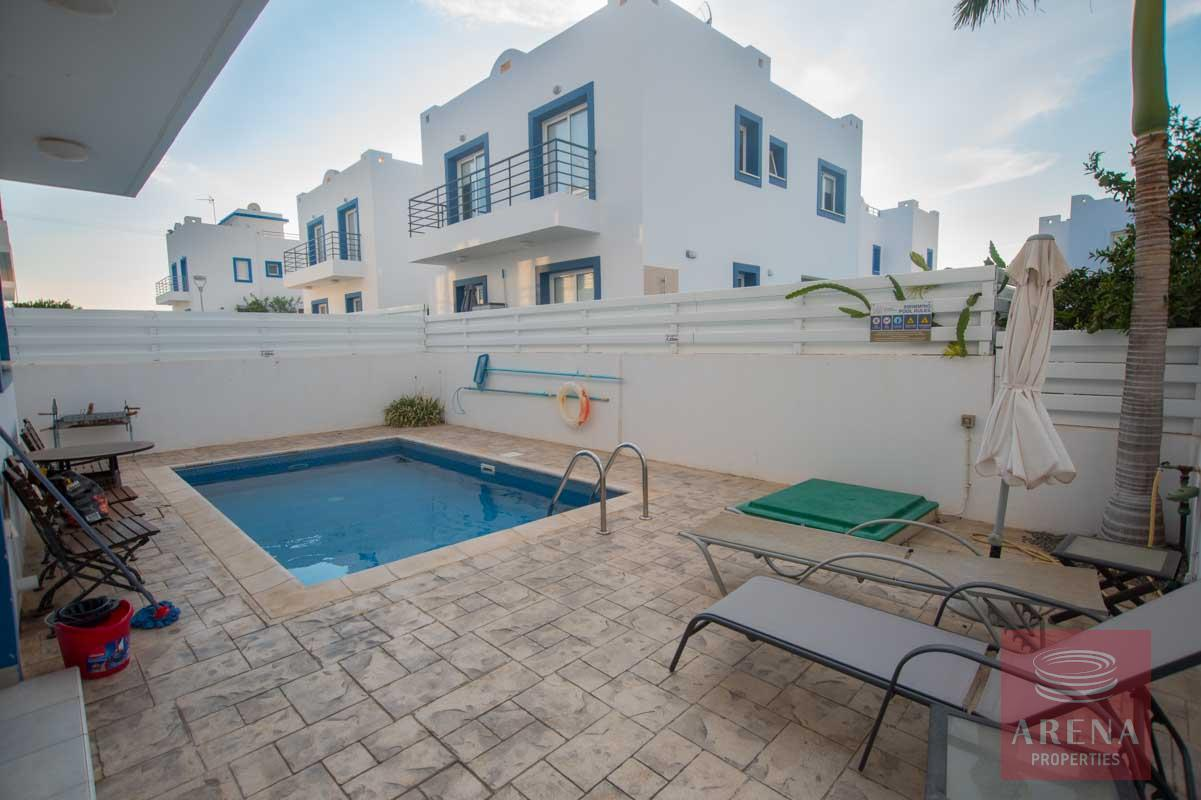 3 bed villa for sale in Kapparis - swimming pool