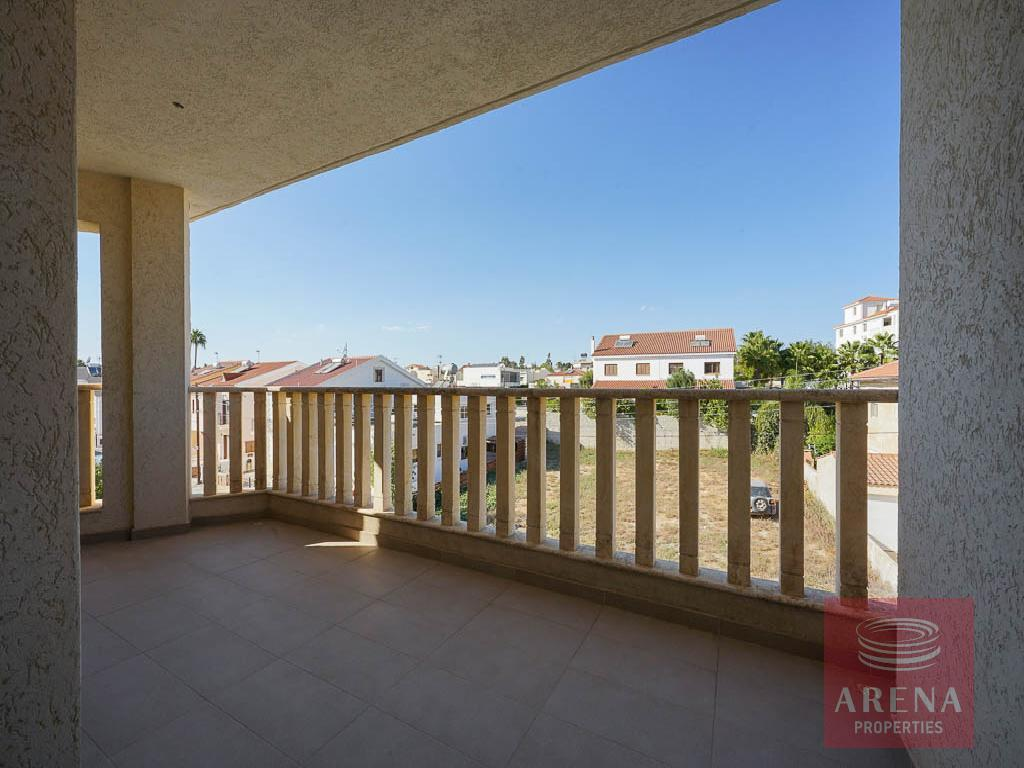 Incomplete apartment in Aradippou - balcony