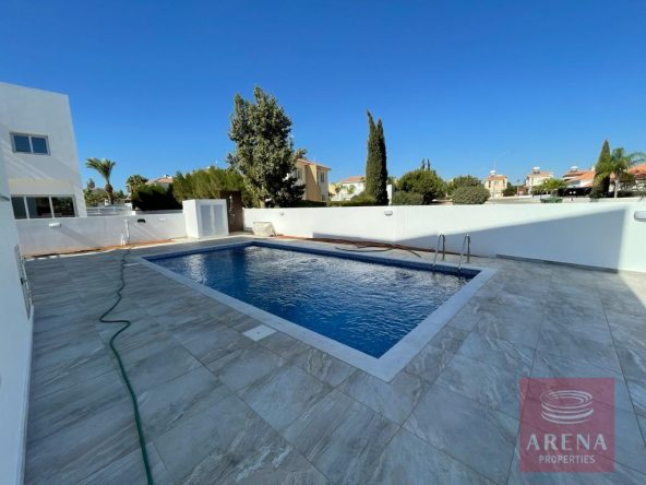 3-Villa-to-rent-in-ayia-thekla-5804