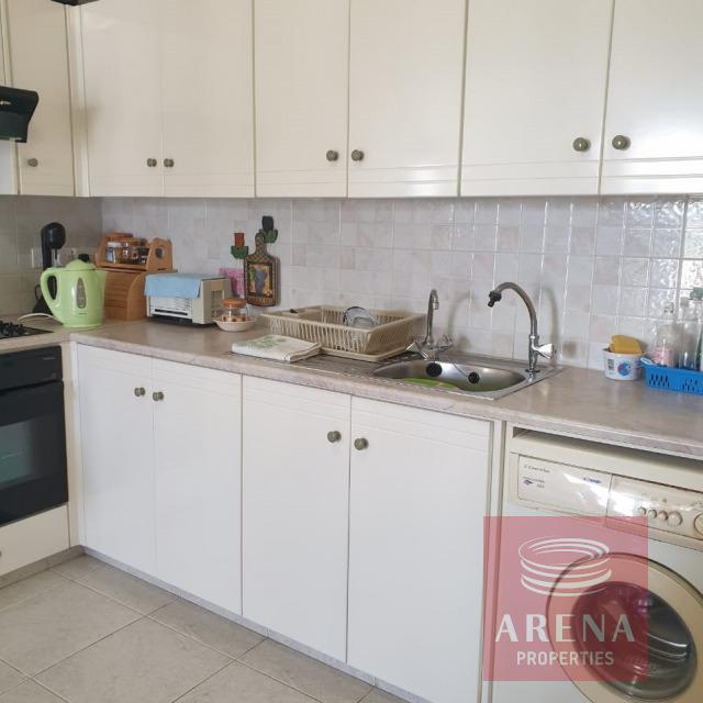2 bed flat in Kapparis - kitchen