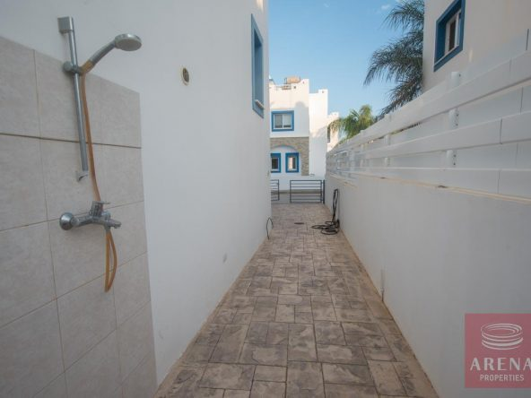 4-3-bed-villa-for-sale-in-kapparis-5882