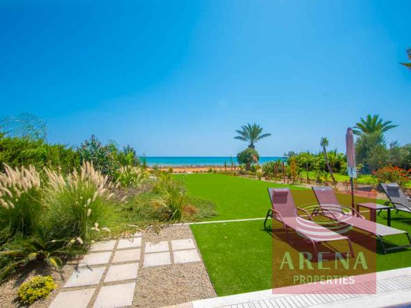 4-seafront-villa-ayia-thekla-5842