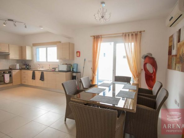 6-3-bed-villa-for-sale-in-kapparis-5882