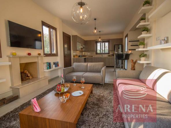 7-Amazing-villa-in-Ayai-Thekla-5823