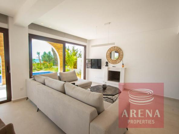 8-seafront-villa-ayia-thekla-5842