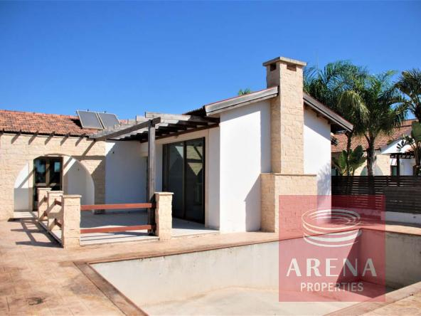 9-bungalow-in-ayia-thekla-5831